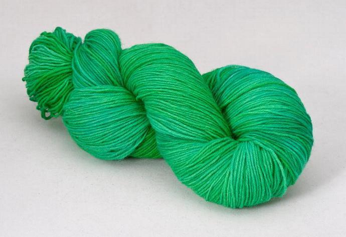 handdyed sockyarn superwash - wool/nylon mixture - fingering weight - colour s
