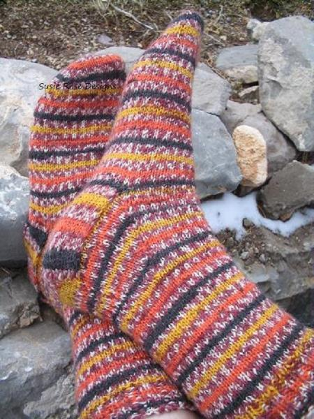 The No Wrap Basic Toe Up Sock Pattern - in PDF format - Easy Experienced