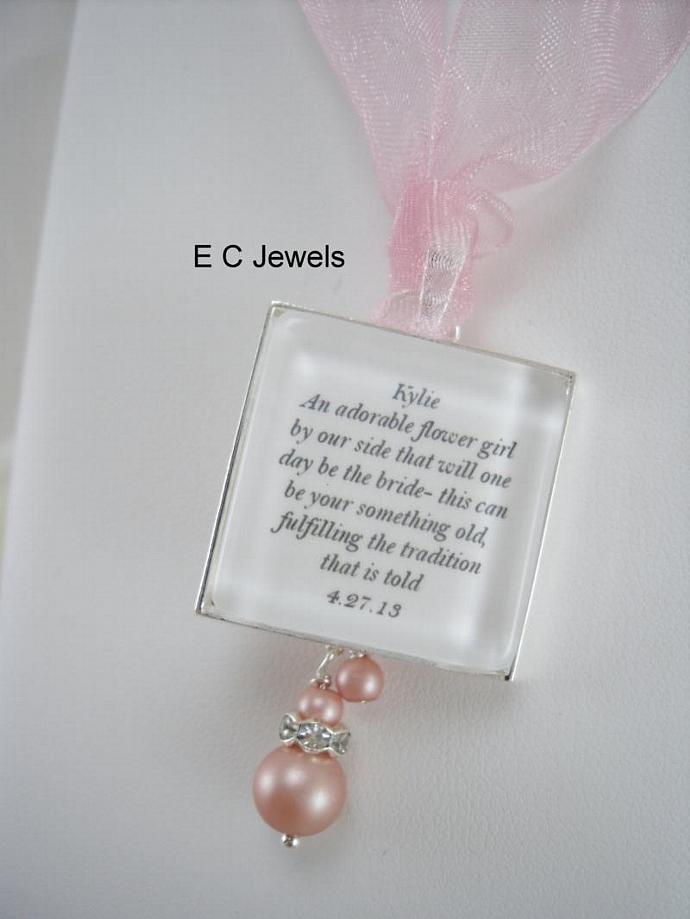 Flowergirl Keepsake Bouquet Charm with a Pearl drop - Pick your color