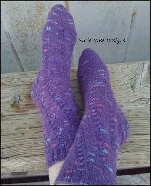 She Sells Seashells Knitted Sock Pattern in PDF format - Experienced Beginner