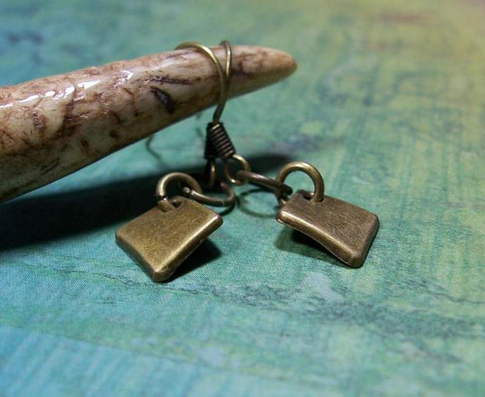 Antiqued Brass Diamond Shape Dangle Earrings