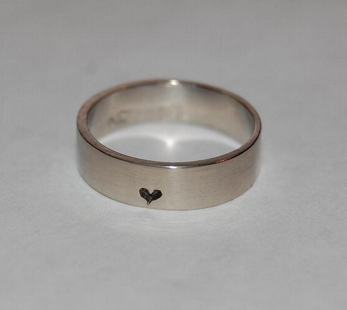 Little, little bit of Heart Silver Ring
