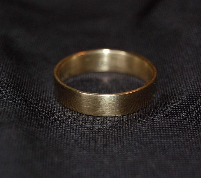 5mm White Gold Wedding Band