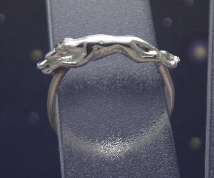 Sterling silver running greyhound ring size 3