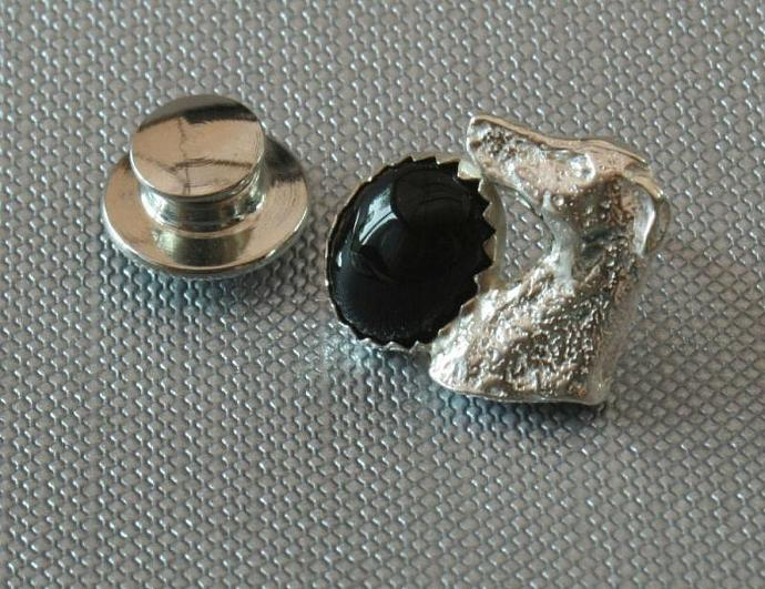 Onyx and sterling silver greyhound scatter pin