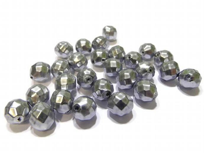 25 11mm Vintage Acrylic Silver Faceted Beads