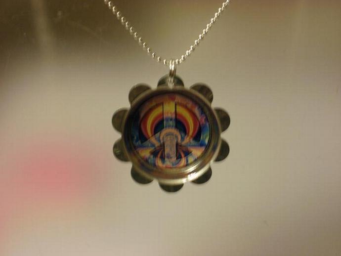 Peace Sign Petal Cap Necklace (Z113)