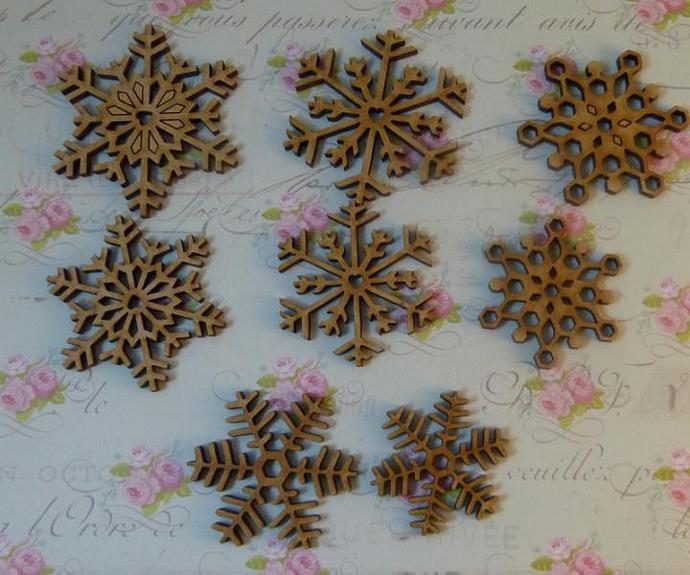 Wood snowflakes-8pcs