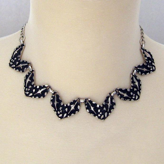 Vintage Brutalist Retro Chevron Necklace Abstract Industrial Edgy 50s