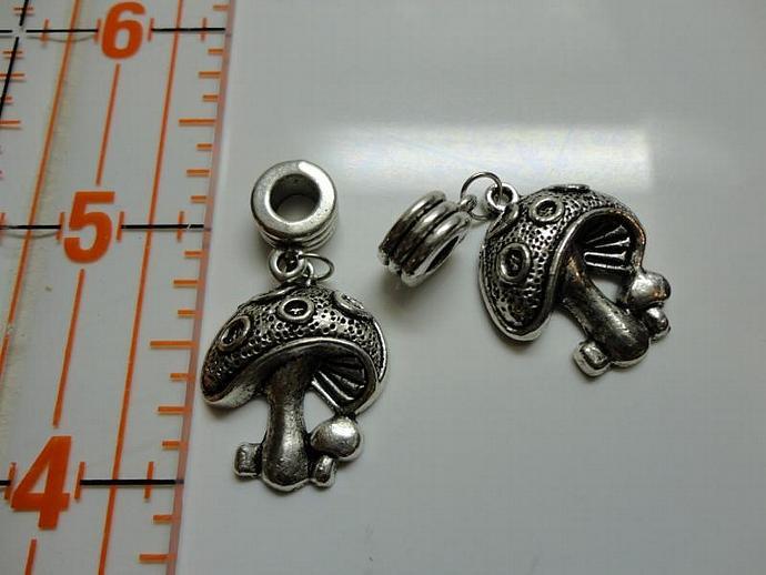 Mushroom Charm #002 - Silver