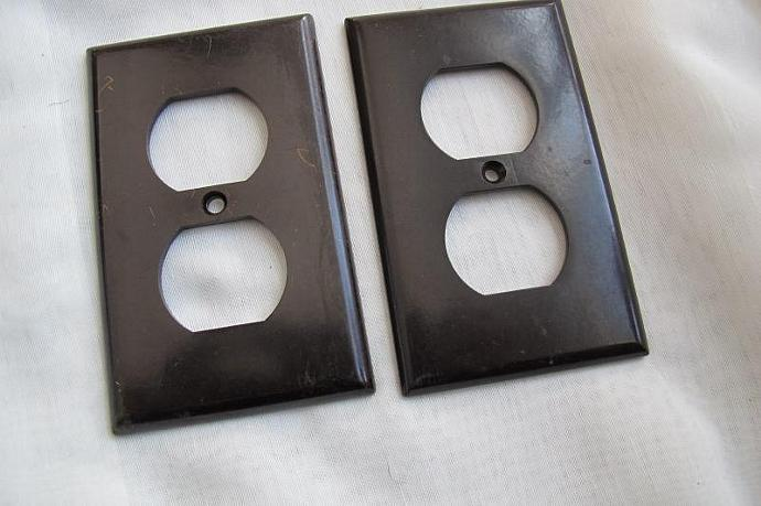 Brown Light Switches: Leviton Eagle Dark Brown Bakelite outlet cover / Light Switch cover /  bakelite,Lighting