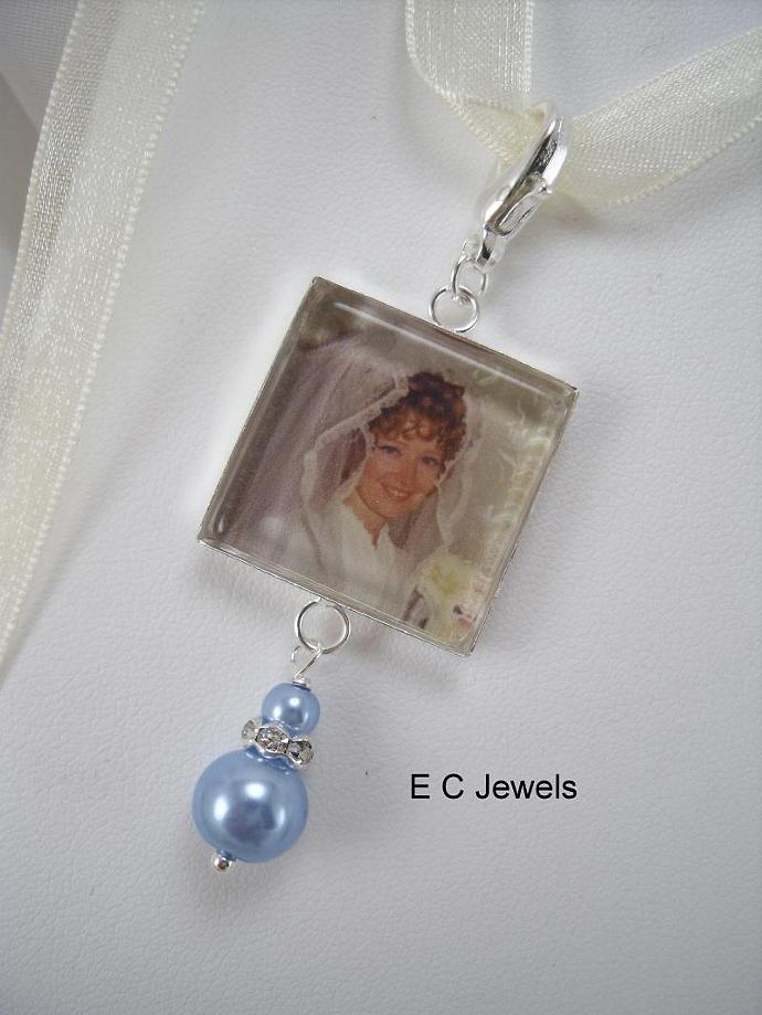 Custom Bouquet Charm with a Pearl Drop - Pick your color