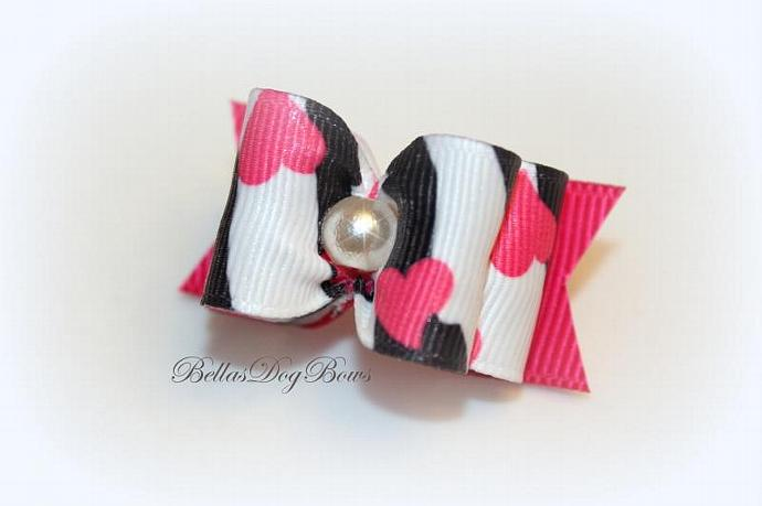 Wildly in Love Valentine's Day Bow with Large White Pearl