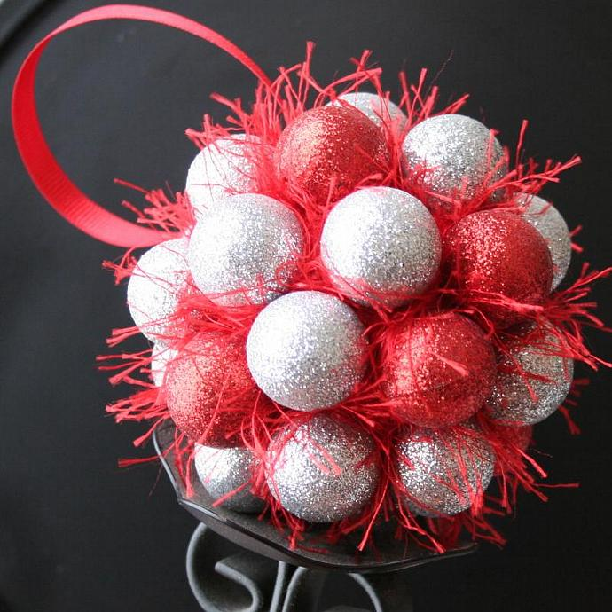 Red & Silver Valentine Kissing Ball