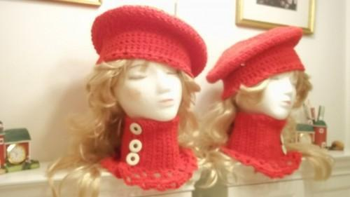 Hat And Cowl Ensemble in Christmas Red