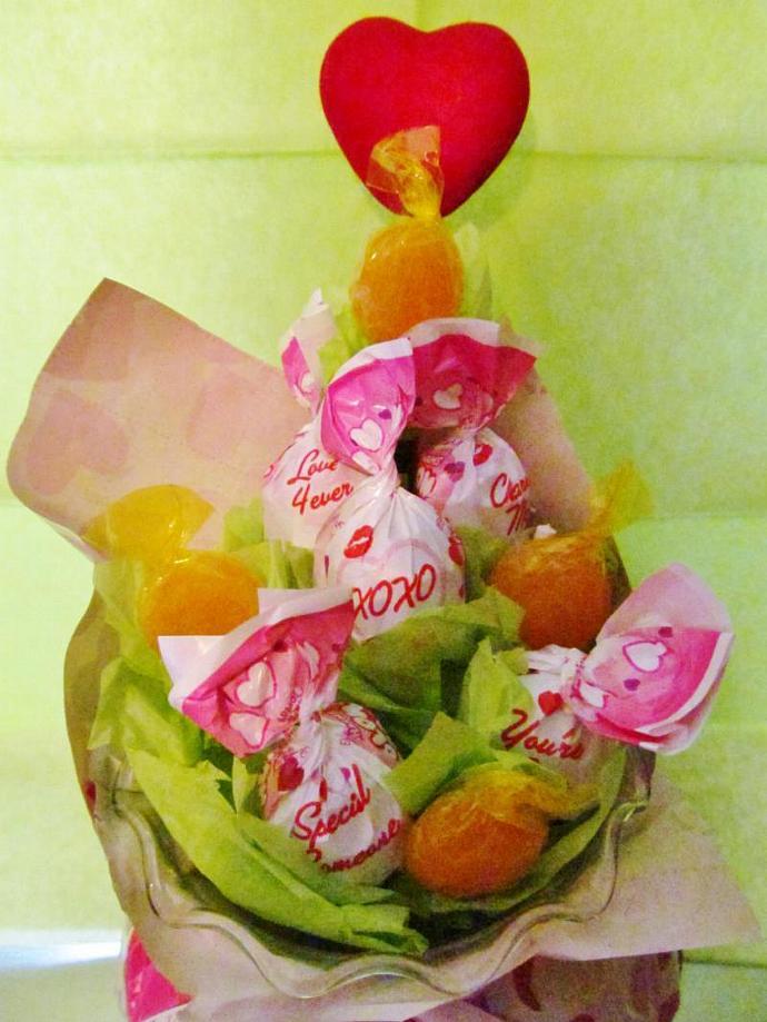 Valentine Blow Pop Bouquet- Candy, Arrangement - Ready to Ship