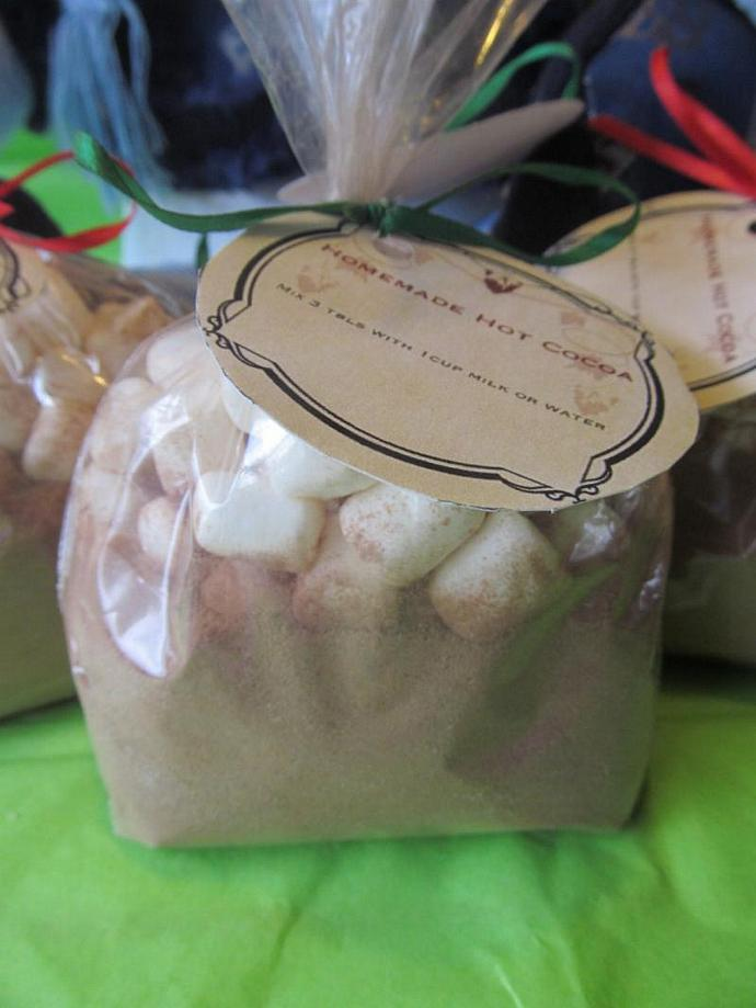 1 Dozen Homemade Hot Cocoa Mix With Marshmallows- Wedding Favor, Party Favor,