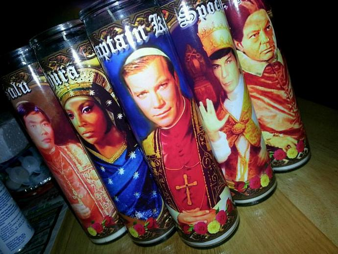 "8"" TV Celebrity Tribute Candle - Star Trek - Capt. Kirk William Shatner  -"