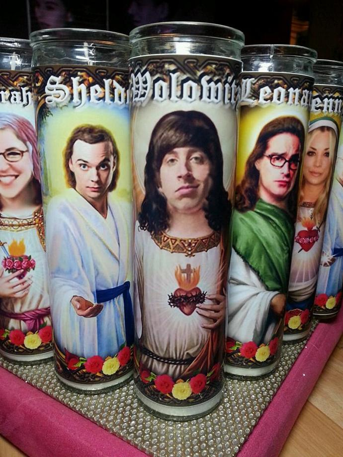 "8"" TV Celebrity Tribute Candle - Big Bang Theory - Wolowitz / Simon Helberg"