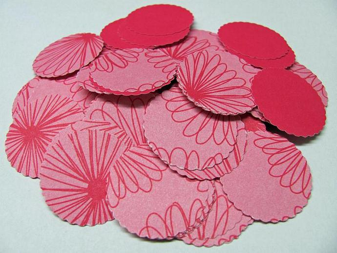 100 pcs. hand Punch Scallop Circle - Pink flowers