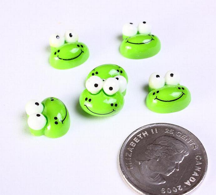 6 Green frog resin cabochon 12mm 6pcs (1150)