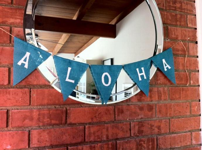 Aloha Burlap Banner
