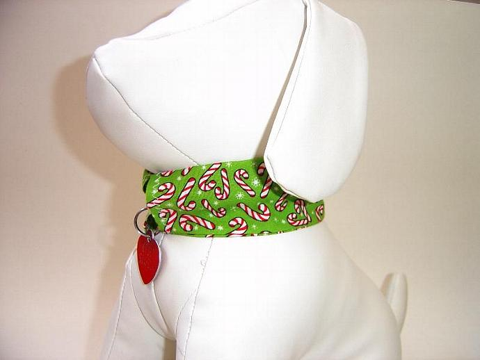 Candy Canes Dog Collar Slipcover, a bandana alternative