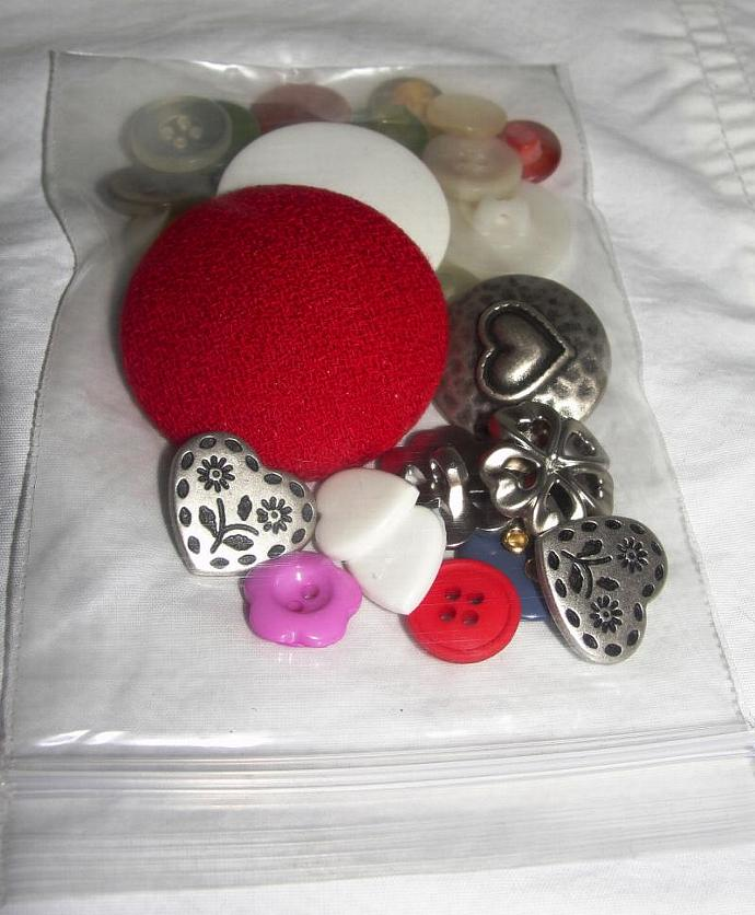 Bag o' Buttons - Hearts