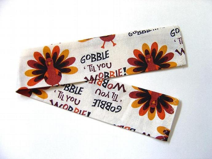 Gobble Til You Wobble Dog Collar Slipcover, Thanksgiving bandana alternative