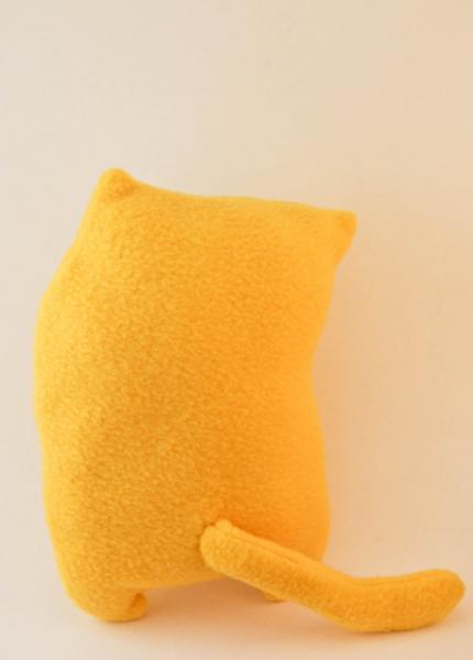 Curious cat, fleece toy