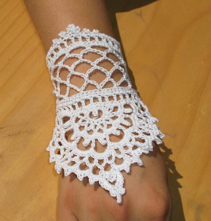 Henna Tattoo Inspired Lace Slave Bracelet By