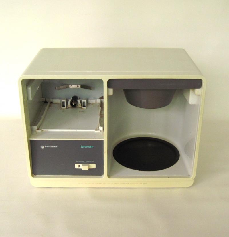 Ge Coffee Maker Instructions : Black Decker Spacemaker Body Replacement LaurasLastDitch