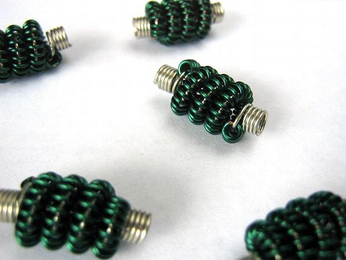 Coiled wire beads green and silver