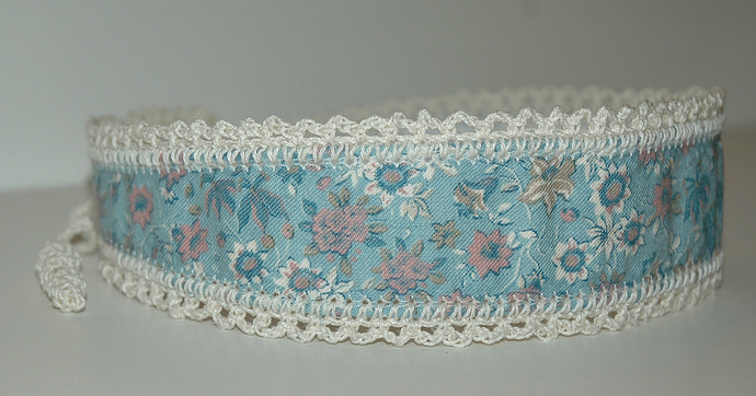 Headband Blue w/Pink Flowers and White Crochet Trim and Ties