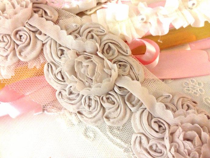 MOCHA Chiffon Rosette Flower Trim Shabby Chic- 15 Flower Medallions