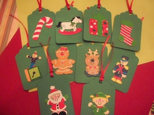Christmas Tags assortment / 12ct