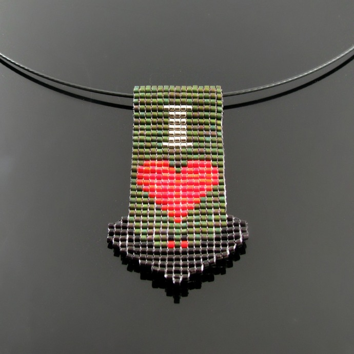 Bead loomed Halloween flying bat pendant - I love bats