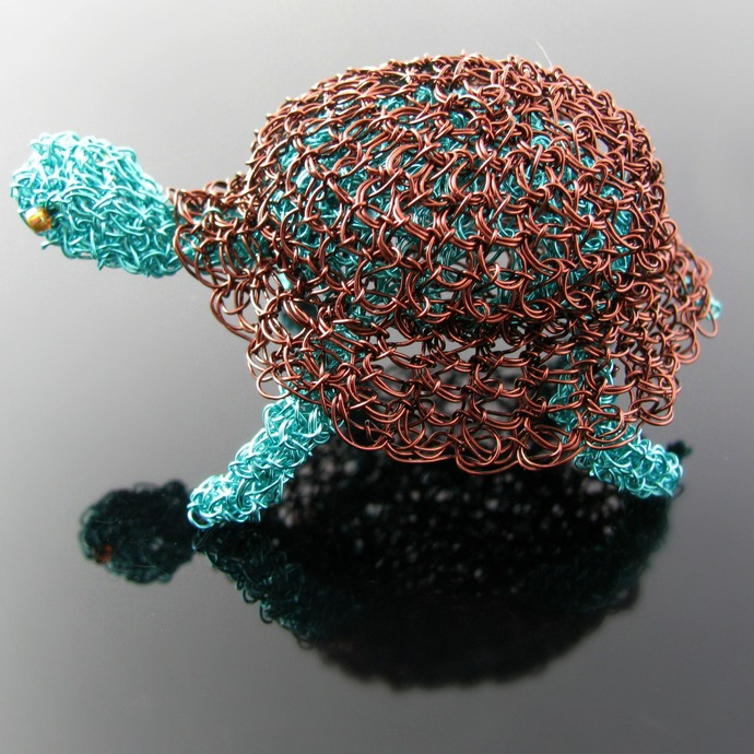 Wire crochet miniature turtle sculpture - Sam Toitle