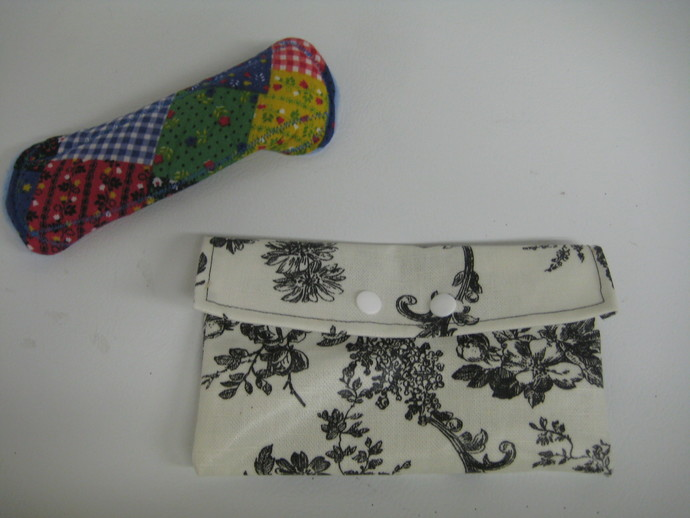 Black and White Toile Vinyl Wet Bag - Specially Designed for Cloth Menstrual