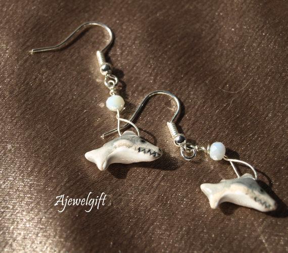 Dangling Shark Earrings 13009