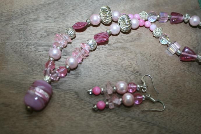 Pink Champagne ~ Matching Set ~ Sarah & Magia Good ~ Silver Steampunk Links ~