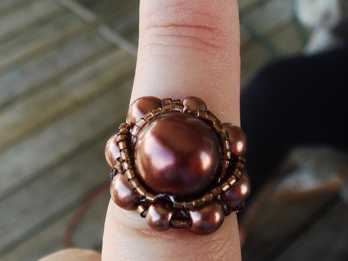 Brown Beaded Ring Sz 7 1/2