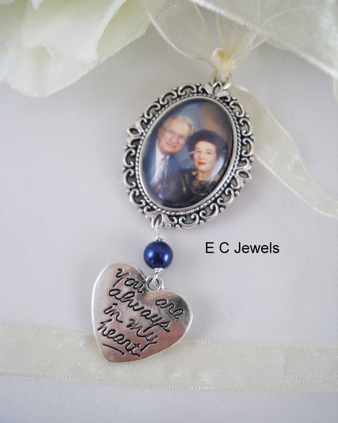 Custom Photo Bouquet Charm with a Pearl Accent - Pick your color