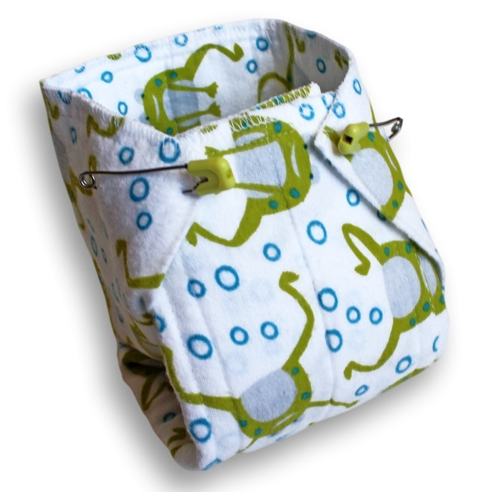 Medium Reusable Cloth Prefold Baby Diapers. Burp Cloths. Changing Pads. Trifold