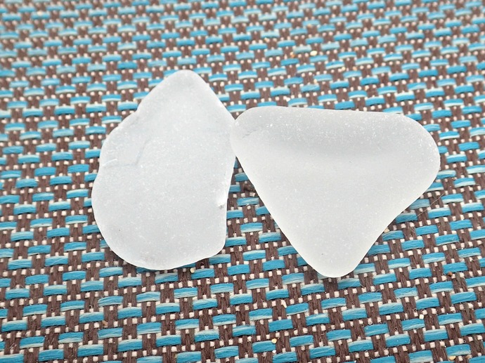Genuine White Sea Glass Mixed Sizes 6 Pieces