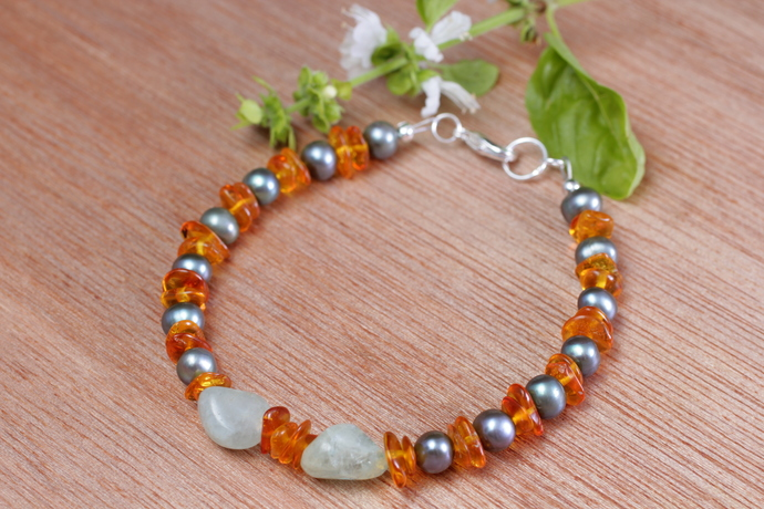 Pearl aquamarine and amber bracelet