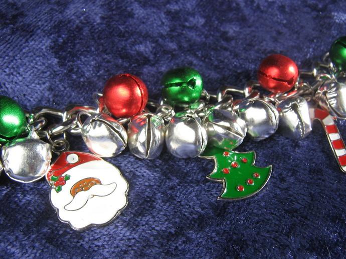 Christmas charm bracelet - 7 inches