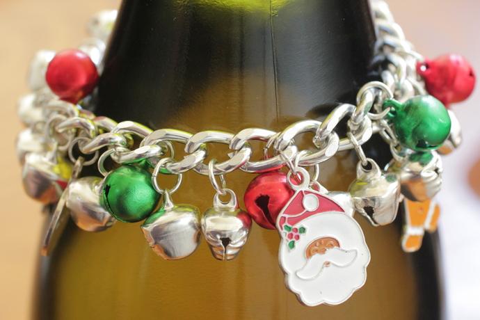 Christmas charm bracelet - 8 inches