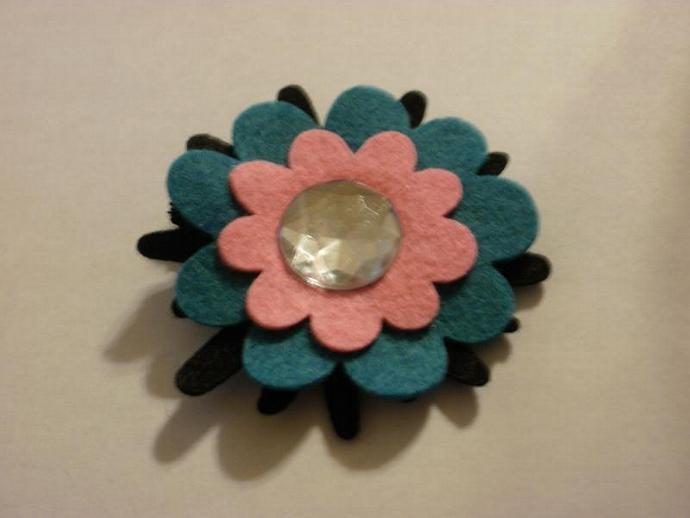 Wool Felt Flower Clippie (Z129)