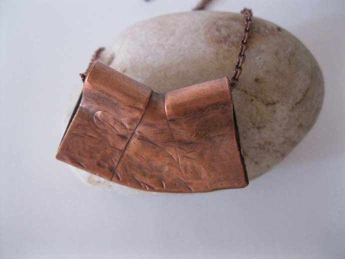 Hammered Copper necklace in abstract geometric shape with copper chain, metal